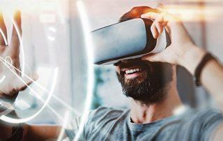 Обучение в шлеме: как бизнес использует VR и AR